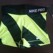 """Спортни гащета """"Nike Pro Compression Supercool"""" - черни и зелени ивици"""